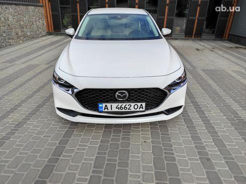 Mazda 3 2019 белый - фото 3
