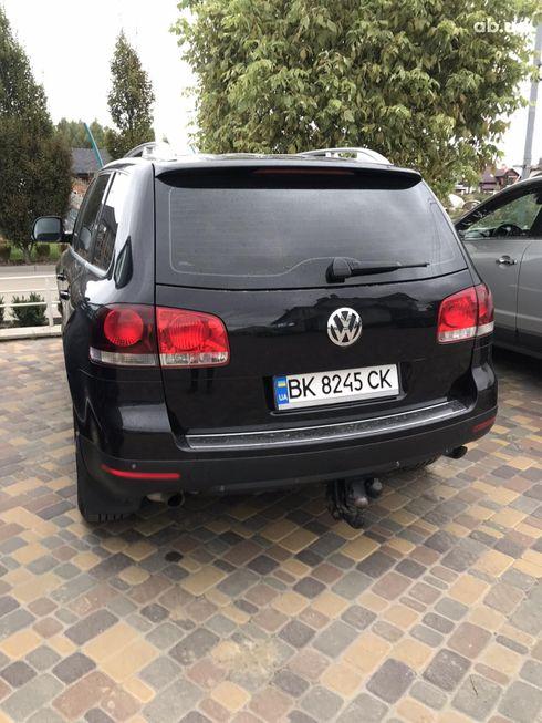 Volkswagen Touareg 2007 черный - фото 9
