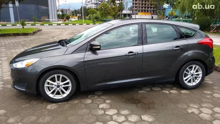 Ford Focus 2016 серый - фото 1