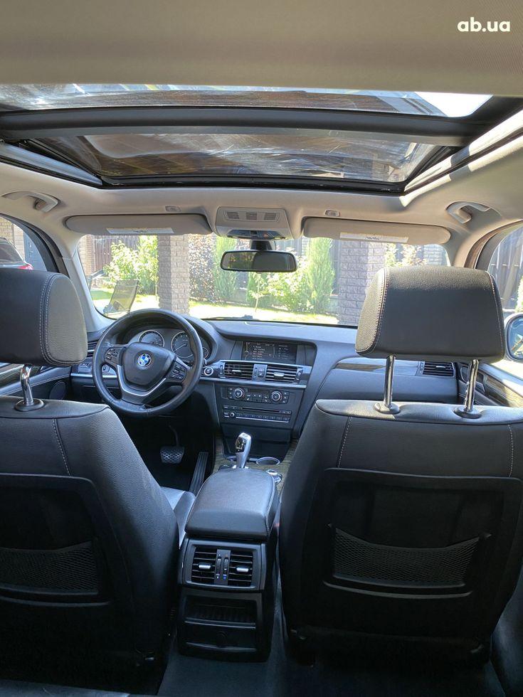 BMW X3 2011 белый - фото 11