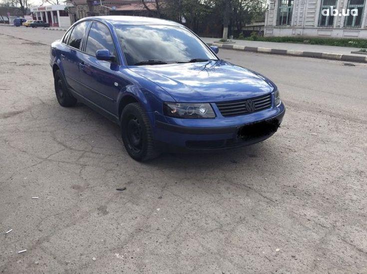 Volkswagen Passat 2000 синий - фото 1
