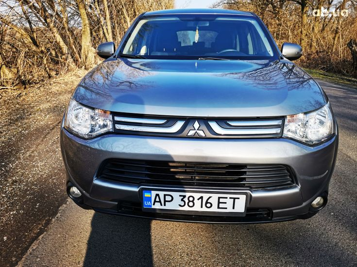 Mitsubishi Outlander 2014 серый - фото 2