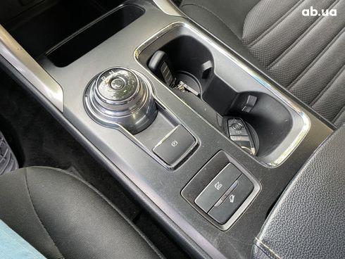 Ford Fusion 2018 белый - фото 4
