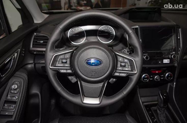 Subaru Forester 2021 белый - фото 15