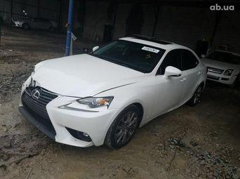 Продажа б/у седан Lexus IS 2015 года - купить на Автобазаре