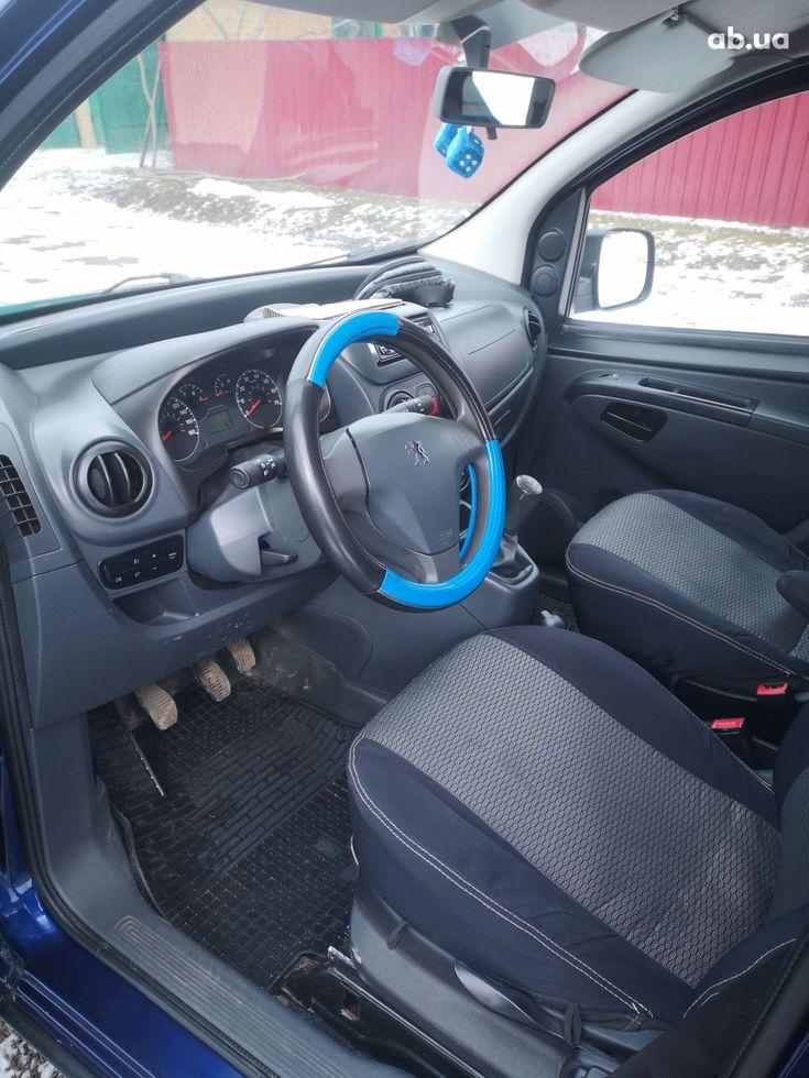 Peugeot Bipper Tepee 2008 синий - фото 14