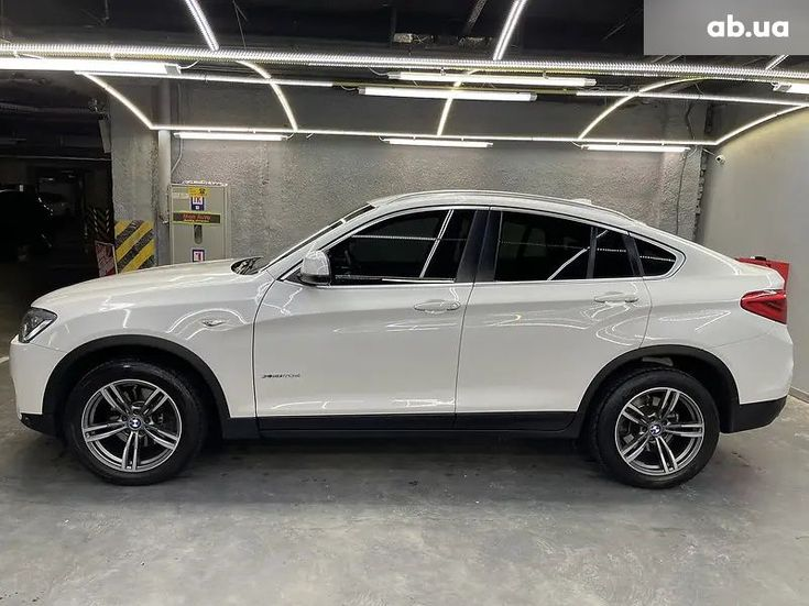 BMW X4 2016 белый - фото 8