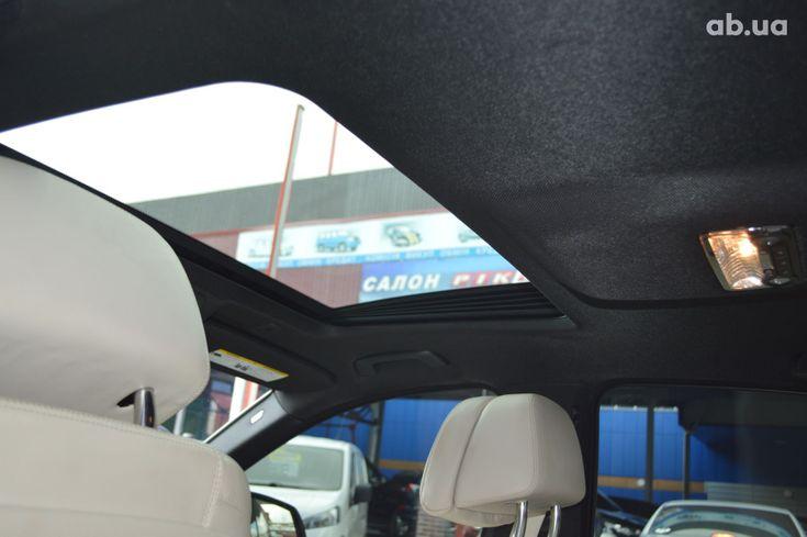 BMW 5 серия 2013 белый - фото 14