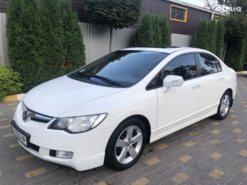 Honda Civic 2008 белый - фото 1
