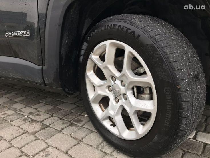 Jeep Renegade 2018 черный - фото 10