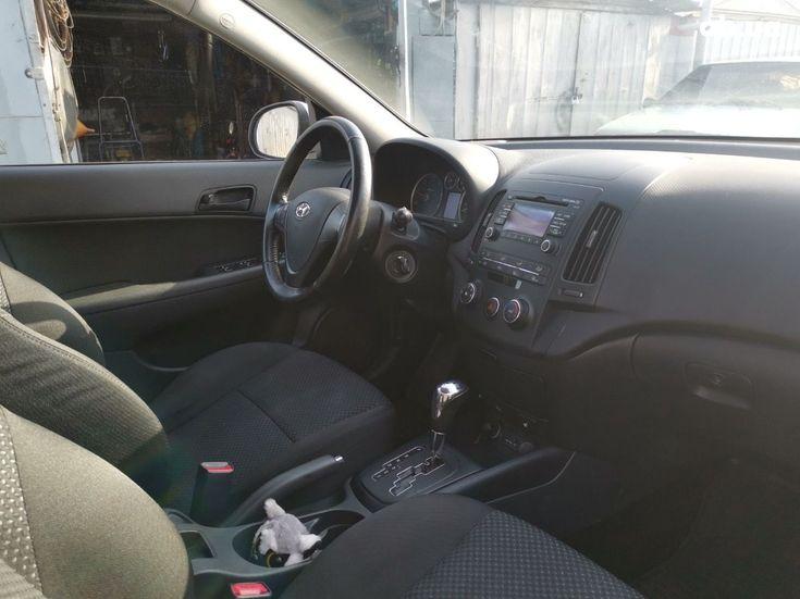 Hyundai i30 2011 белый - фото 11