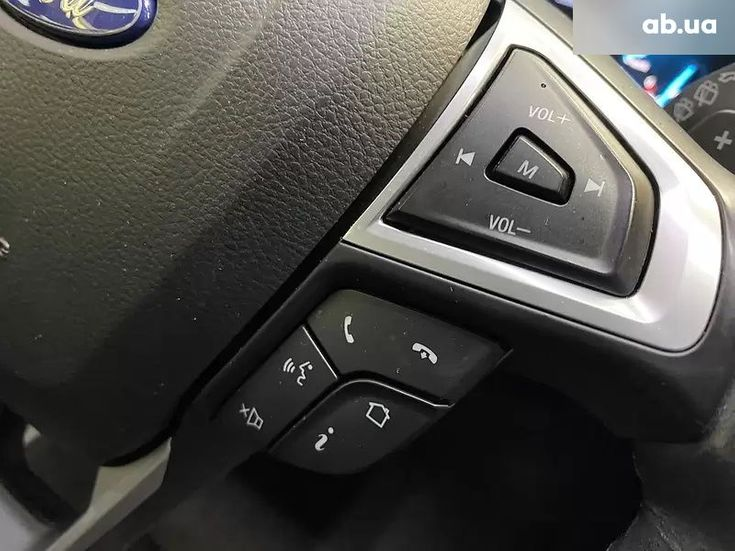 Ford Mondeo 2019 белый - фото 4