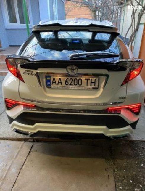 Toyota C-HR 2018 белый - фото 5