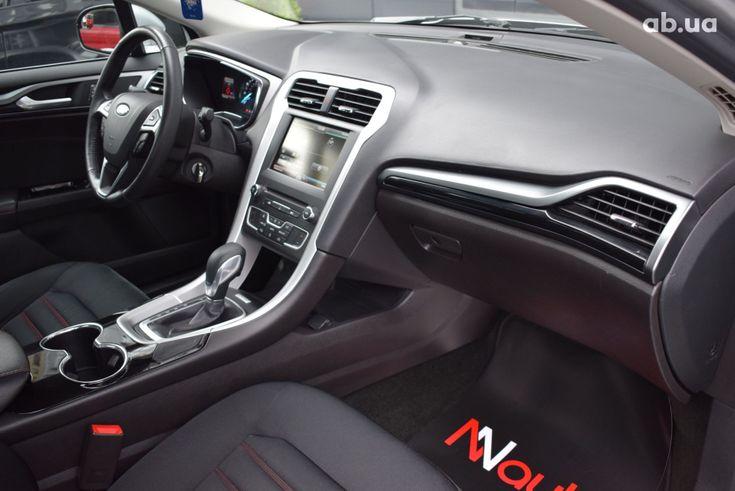 Ford Fusion 2017 серебристый - фото 8