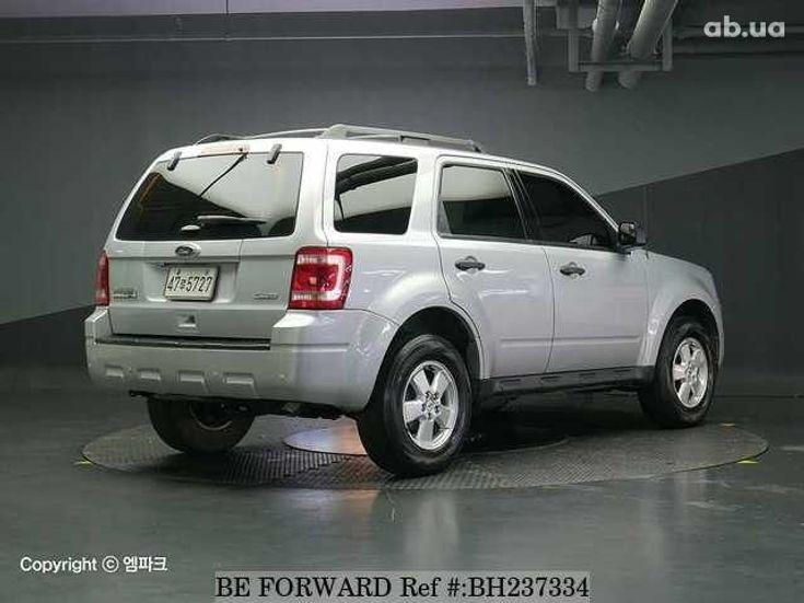 Ford Escape 2012 серебристый - фото 5