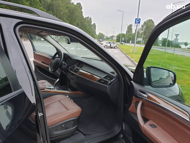 BMW X5 2011 черный - фото 10
