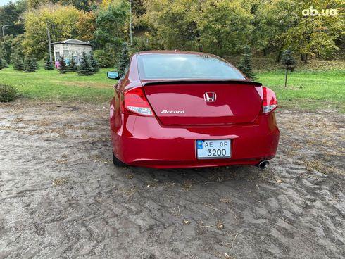 Honda Accord 2012 красный - фото 13