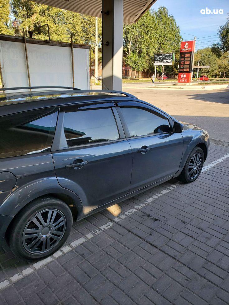 Ford Focus 2008 серый - фото 3