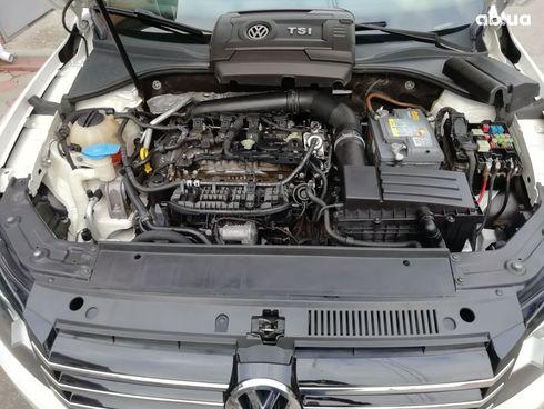 Volkswagen Passat 2014 белый - фото 8