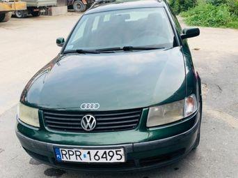 Автомобиль бензин Фольксваген Passat 1997 года б/у - купить на Автобазаре