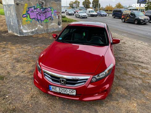 Honda Accord 2012 красный - фото 2