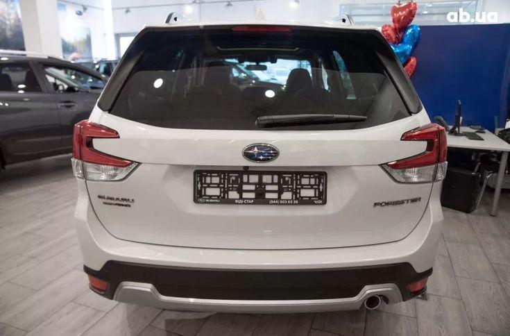Subaru Forester 2020 белый - фото 5