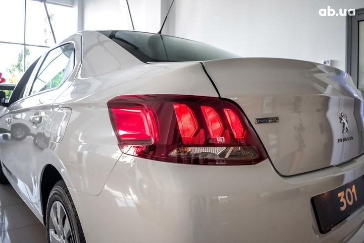 Peugeot 301 2020 белый - фото 8