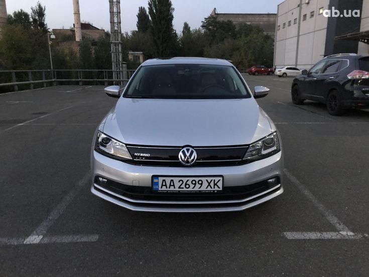 Volkswagen Jetta 2016 серый - фото 6