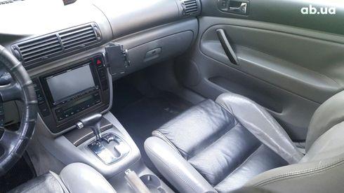 Volkswagen Passat 2003 серебристый - фото 9