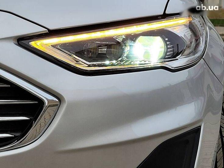 Ford Fusion 2019 серый - фото 16
