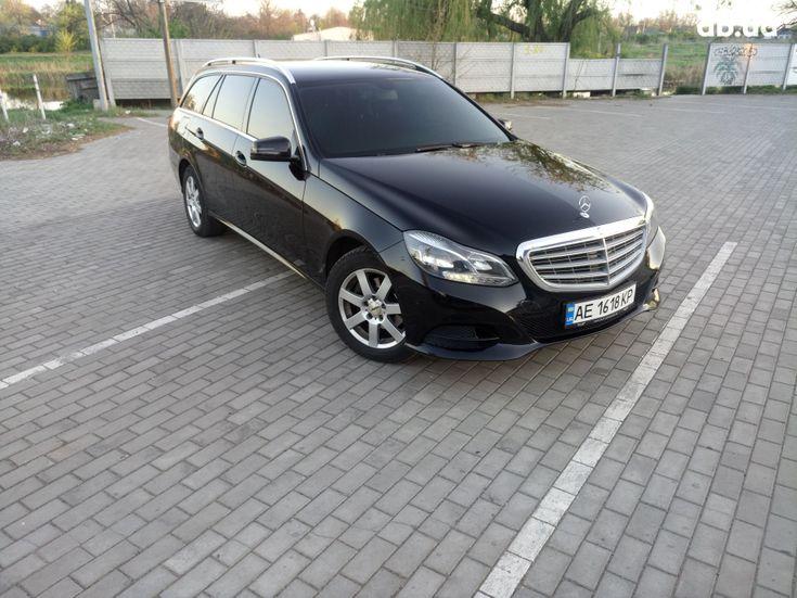 Mercedes-Benz E-Класс 2014 черный - фото 1