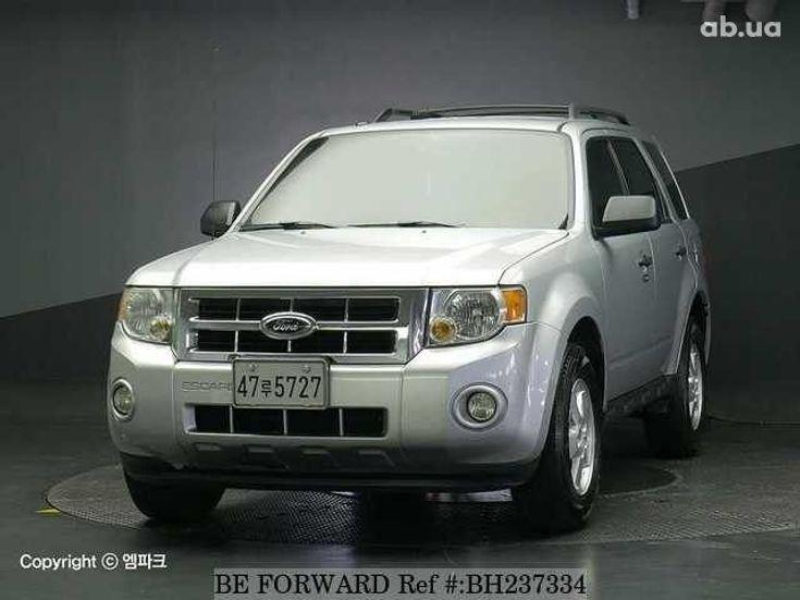 Ford Escape 2012 серебристый - фото 1