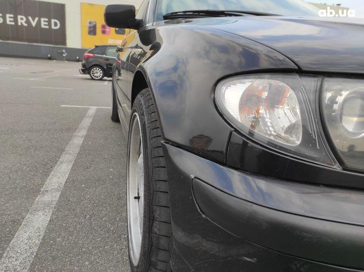 BMW 3 серия 2003 черный - фото 7