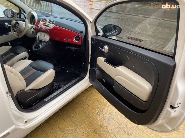 Fiat 500 2011 белый - фото 12