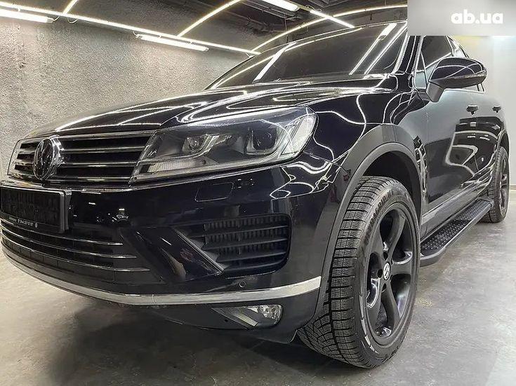 Volkswagen Touareg 2018 черный - фото 1