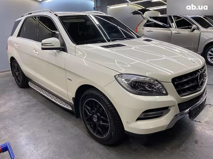 Mercedes-Benz M-Класс 2013 белый - фото 2