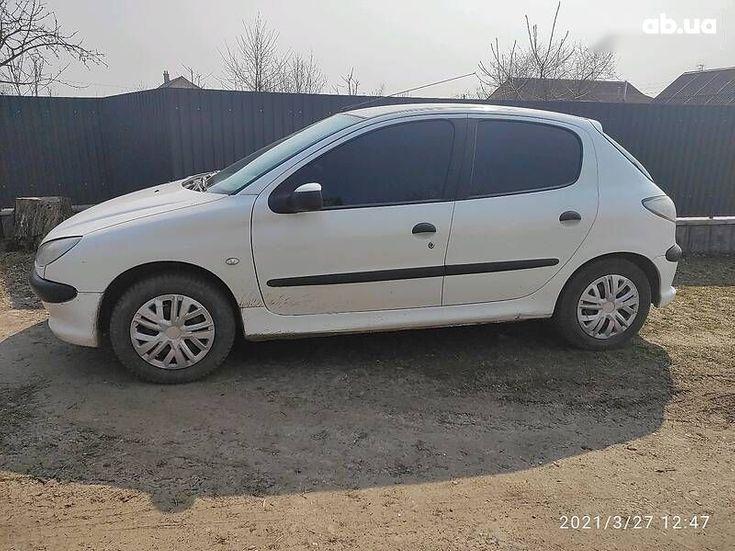 Peugeot 206 2008 белый - фото 2