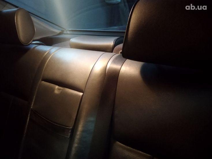 Mercedes-Benz E-Класс 1998 серый - фото 9
