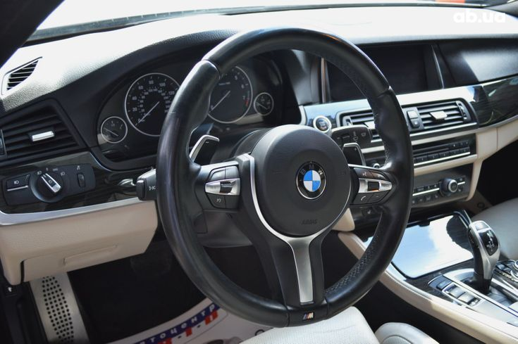 BMW 5 серия 2013 белый - фото 8