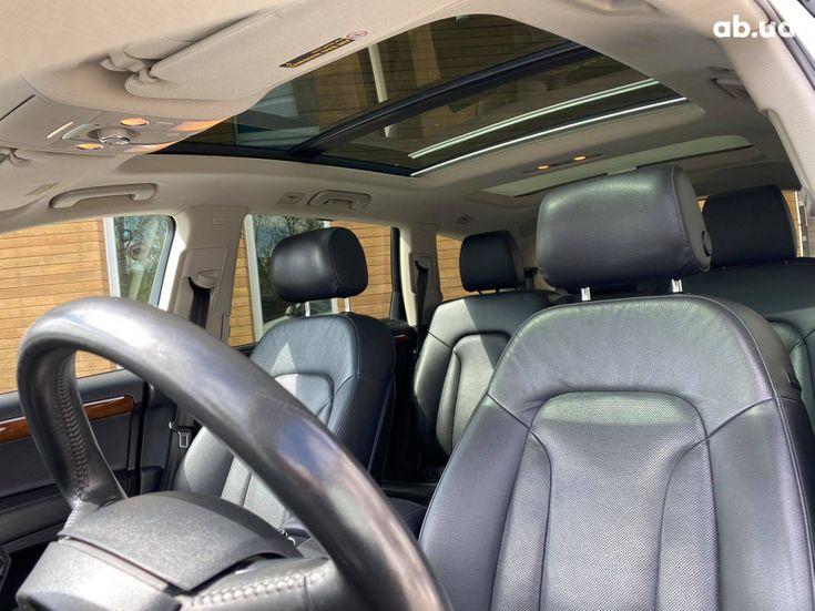 Audi Q7 2013 белый - фото 15