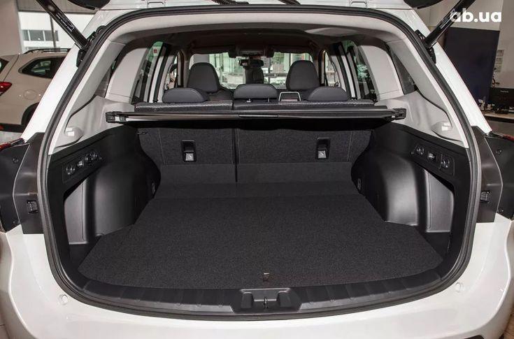Subaru Forester 2020 белый - фото 12
