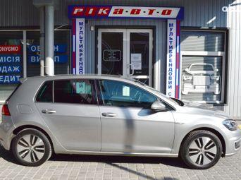 Продажа б/у Volkswagen e-Golf Автомат - купить на Автобазаре