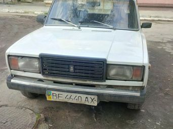 Продажа б/у седан ВАЗ 2107 1990 года - купить на Автобазаре