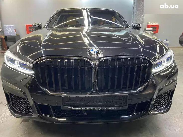 BMW 7 серия 2020 черный - фото 13