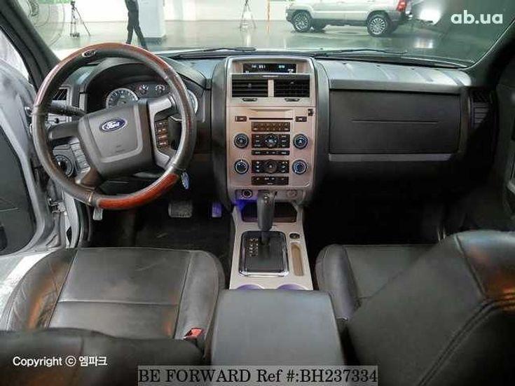 Ford Escape 2012 серебристый - фото 4
