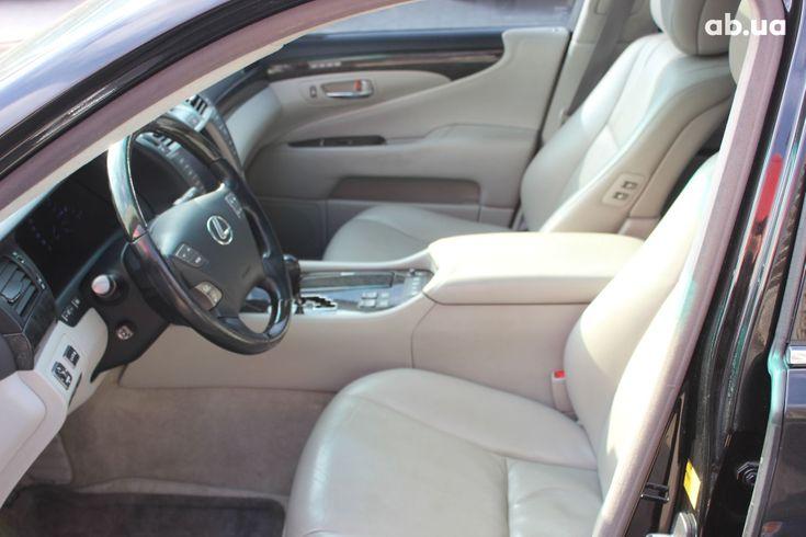 Lexus LS 2010 черный - фото 5