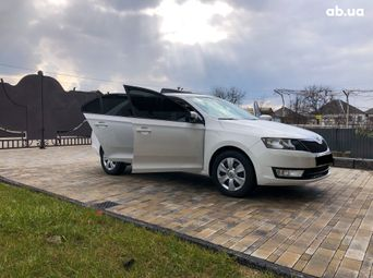 Автомобиль бензин Шкода Rapid б/у - купить на Автобазаре