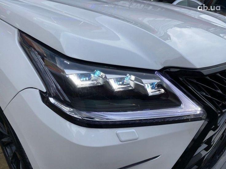 Lexus LX 2013 белый - фото 3