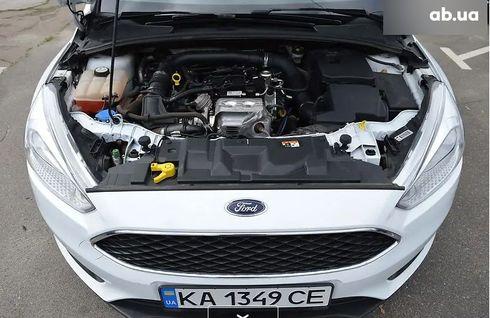 Ford Focus 2017 белый - фото 5