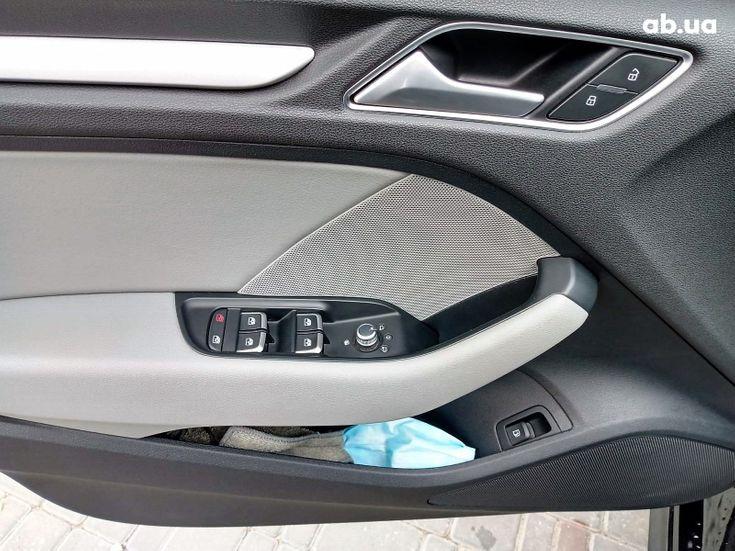 Audi A3 2017 черный - фото 10